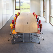 Contemporary conference table / wood veneer / steel / laminate
