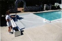 automatic safety pool cover with rods EZ COVER Aquamatic Cover Systems, Inc.,