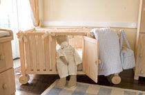 baby bed with casters (unisex)  DADA-GUGU