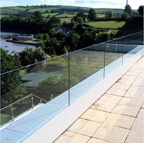 balustrade with glass panels TOTNES Flight Design