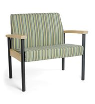 bariatric armchair for healthcare facilities OASIS Stance Healthcare