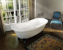 bath-tub on legs VERSAILLES® MAAX bathroom