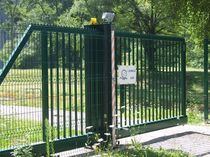 cantilever sliding gate CANCELLO AUTOPORTANTE IT BETAFENCE