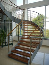circular floating staircase  Efekt-Metal