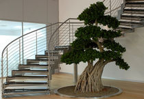 circular staircase with a lateral stringer (metal frame and glass steps) GOMERA essegi scale