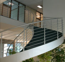 circular staircase with a lateral stringer (metal frame and steps) SKYLINE essegi scale