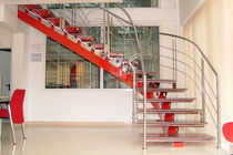 circular staircase with central stringer (metal frame and glass steps)  Glass Expert GmbH