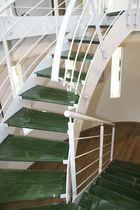 circular staircase with a lateral stringer (metal frame and glass steps) NATURA Miroiterie RIGHETTI