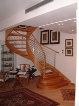 circular staircase with a lateral stringer (wooden frame and steps) GIADA LINEAR Linea Scale