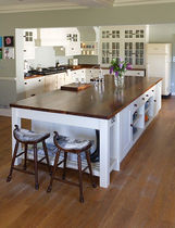 classic eco-friendly kitchen in certified wood (FSC Eco-label)  Norfolk Oak Ltd
