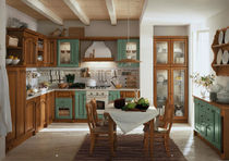 classic solid wood kitchen ROSY Corazzin Group - Contract & hotel