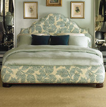 classic style double bed OSCAR DE LA RENTA CENTURY FURNITURE