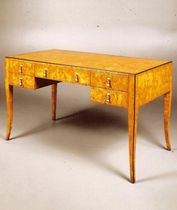 classic style writing desk 1405-D William Switzer