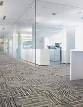 commercial cut pile tufted synthetic carpet (Green Label Plus-certified, low VOC emissions) STREPQES C MODULYSS