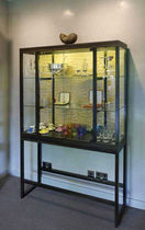 commercial display case   WILLIAM GARVEY