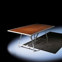 commercial extending table ATLANTA Hugonet Contract