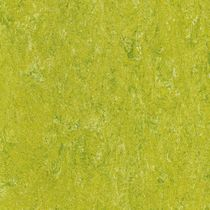 commercial natural linoleum flooring (GUT-certified, low VOC emissions) 121-132 LIME GREEN Armstrong DLW