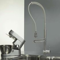 commercial single handle mixer tap with pull out spray for kitchen SPRINGY Webert