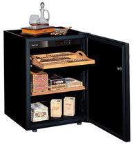 commercial cigar display case CC064 Eurocave