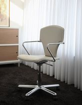 conference chair with casters EGOA by Josep Mora STUA