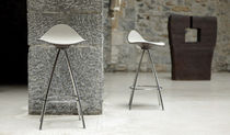 contemporary bar stool ONDA by Jesus Gasca STUA