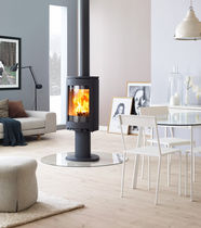 contemporary central wood-burning stove F 363 Jøtul
