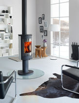 contemporary central wood-burning stove F 473 Jøtul