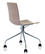 contemporary chair with casters DATA BY GRAZIELLA E RENZO FAUCIGLIETTI Fornasarig