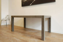 contemporary concrete table UBIQ3 GALERIE TAPORO