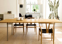 contemporary dining table CH303 by Hans J. Wegner Carl Hansen & Son