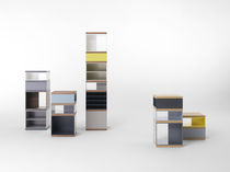 contemporary display case TOTEM by Vincent Van Duysen pastoe