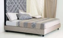 contemporary double bed DUKE MASTRO RAPHAËL
