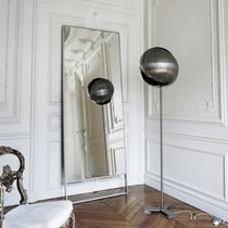 contemporary floor mirror by Antonio Citterio PSICHE MAXALTO