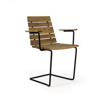contemporary garden chair with armrests (teak) GRINDA Skargaarden