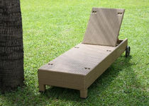 contemporary garden sun lounger with casters TF 0971 Nature Corners Co.,Ltd.