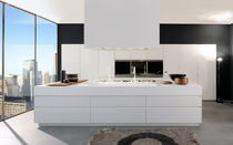 contemporary high gloss lacquered kitchen CONVIVIUM: COMPOSITION 3 by Antonio Citterio Arclinea
