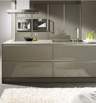 contemporary high gloss lacquered kitchen S2-KG SIEMATIC