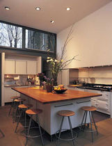 contemporary kitchen island  WILLIAM GARVEY