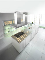 contemporary lacquer / stainless steel kitchen CONTUR-EINRICHTUNGEN BLANCO STEELART