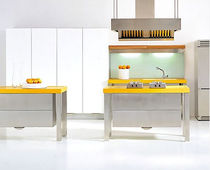 contemporary lacquer / stainless steel kitchen TUTTOTAVOLO FERRETTI CUCINE