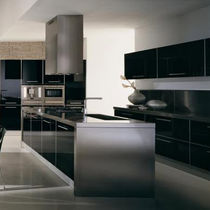 contemporary lacquer / stainless steel kitchen LUCE Lineadecor