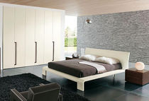 contemporary lacquered wardrobe MODERN  Homes