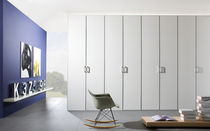 contemporary lacquered wardrobe SWING noteborn