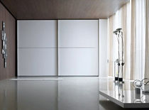 contemporary lacquered wardrobe with sliding doors SQUARE MOVE