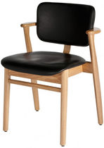 contemporary leather chair DOMUS by Ilmari Tapiovaara  Artek
