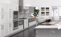 contemporary matt lacquer kitchen BENTWOOD CUSTOM  bentwood Luxury Kitchens