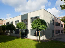 contemporary modular prefab building for medical use EJK DUISBURG, FAHRNER STRASSE Bolle