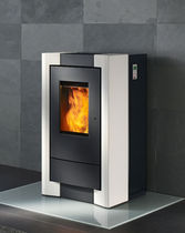 contemporary pellet wood stove COMO Rika