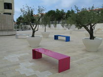 contemporary public bench in metal PUNKA LAB23