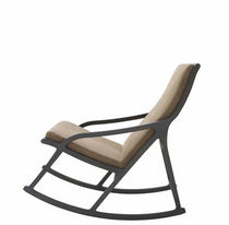 contemporary rocking armchair by Pierre Paulin DERIVE 2 Ligne Roset France
